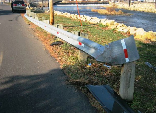 Guard rail stops suv from going into lemonweir river